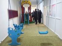 Okul Koridorunu Çocuk Parkına Çevirdiler