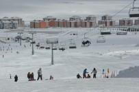 DOLULUK ORANI - Sarıkamış'ta Kayak Keyfi Devam Ediyor