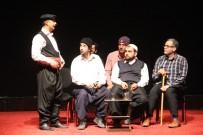 TİYATRO OYUNU - Elazığ'da 'Göç' Adlı Tiyatro Oyunu Sahnelendi