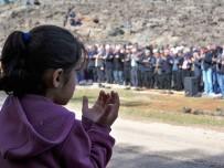 MÜFTÜ VEKİLİ - Hatay'da Vatandaşlar Yağmur Duasına Çıktı