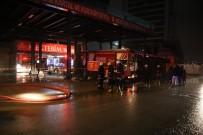Kartal'da İnşaat Firmasına Ait Satış Ofisinde Çıkan Yangın Paniğe Neden Oldu