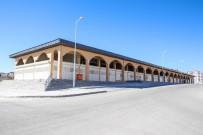ŞEHITKAMIL BELEDIYESI - Merakla Beklenen Ticaret Merkezi Tamamlandı