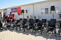 BEYDAĞı - Suriyeli Engelli Vatandaşlara Akülü Tekerlekli Sandalye Hediye Edildi