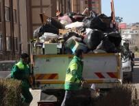 OSMANGAZI BELEDIYESI - Binlerce Kişinin Yaşadığı Sitedeki Çöp Daire Görenleri Şaşkına Çevirdi