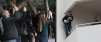 BEBEK - Çocuğuyla İntihara Kalkıştı Açıklaması Vatandaşlar Telefona Sarıldı