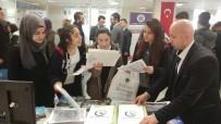 İLETIŞIM - Düzce Üniversitesi Üniversiteler Fuarında Öğrencilerle Buluştu