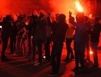 SABİHA GÖKÇEN HAVALİMANI - Fenerbahçe taraftarından protesto