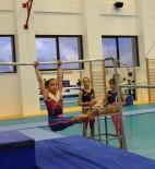 JİMNASTİK SALONU - Geleceğin Jimnastikçileri Nilüfer'de Yetişiyor