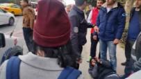MEYDAN DAYAĞI - İstanbul'da hırsıza meydan dayağı