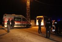 POLİS ARACI - Taşlı sopalı bıçaklı park kavgası: 3 ölü 3 yaralı
