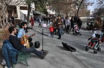 SAKSAFON - Sokak Müzisyenleri Eskişehir'de Özgürlük İstiyor