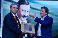 SELAMİ ŞAHİN - Başkan Uysal'dan Selami Şahin'e Kutlama