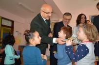 AHMET BARıŞ - Çorum'da Öğrencilere Kuru Üzüm Dağıtıldı