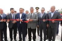 AYKUT PEKMEZ - Eskil İlçesi Kökez Köyünde Köy Konağı Törenle Açıldı