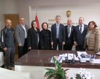 EMEKLİ ASTSUBAYLAR DERNEĞİ - Foça'daki Emekli Astsubaylardan Yeni Kaymakama Ziyaret