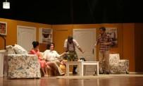 ÖMER ÇELİK - 'Hangisi Babası' Adlı Tiyatro Oyunu Sahnelendi