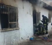 BEYDAĞı - Suriyeli Ailenin Kaldığı Evde Yangın Çıktı