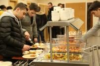 ZEYTİNBURNU BELEDİYESİ - Başarı Öğrencilerden, Tatil Belediyeden