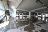 ÇAY OCAĞI - Bayraklı'daki Dev Pazar Yeri Projesi Tamamlandı