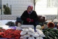 SEMT PAZARI - Gezici Semt Pazarı Kadınların Umut Işığı Oldu