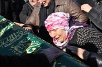 METIN ŞAHIN - İstanbul'da Eşi Tarafından Öldürülen Sinem Toprağa Verildi