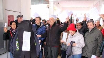 Kuşadası'nda Vatandaşlardan Elektrik Faturalarına Tepki