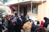 KARAAĞAÇ - Muhtarlık Maaşıyla Suriyelilere Yardım Etti