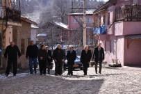 ÇOCUK YUVASI - Vali Aktaş, Bulak Köyünü Ziyaret Etti