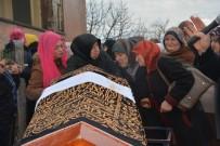 Bursa'da Kocası Tarafından Öldürülen Kadın Sinop'ta Toprağa Verildi