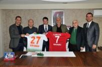 MERKEZ HAKEM KURULU - Hokey Federasyonu'ndan Çavuşoğlu'na Ziyaret