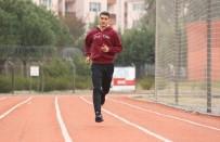 HALİL İBRAHİM ŞENOL - Şampiyon Emir'e Eğitim Desteği