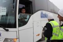 KURAL İHLALİ - Sivil Polisten Yolcu Otobüsüne Trafik Denetimi
