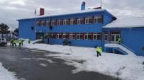 ŞEKER HASTASı - Trabzon'da Kar Temizleme Çalışmaları Sürüyor