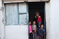 Yardım Edilmezse 4 Çocuğuyla Sokakta Kalacak