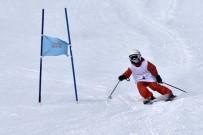 OKAY MEMIŞ - Zigana Dağında Kayak Yarışmaları Yapıldı