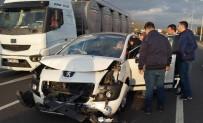 KIZ ÇOCUĞU - Edremit'te Zincirleme Kaza Açıklaması 3  Yaralı
