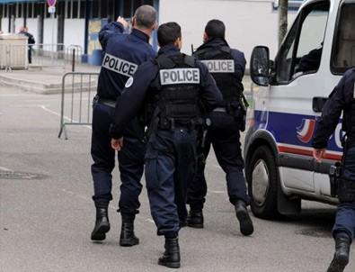 Fransa'da polise coplu tecavüz suçlaması