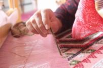 KADİR ALBAYRAK - Karacakılavuz Dokumaları Dünyaya Açılıyor