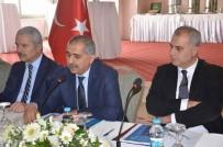 KUŞADASI BELEDİYESİ - Kuşadası'nın Sorunları Vali Koçak'ın Katıldığı Toplantıda Ele Alındı
