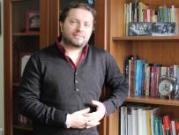 İLETİŞİM FAKÜLTESİ - Arş. Gör. Önürmen Açıklaması 'Sosyal Medya Aktivistleri Tembelleştiriyor'