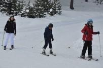 Sarıkamış Cıbıltepe Kayak Merkezi'ne Yoğun İlgi