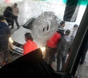 SAKARYASPOR - Takım Otobüsüne Saldırı Açıklaması Sportif Direktör Ağır Yaralandı