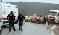 Tavşanlı-Emet Karayolu'nda Trafik Kazası Açıklaması 6 Yaralı