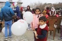 KERMES - Yetim Türkmen Çocuklar Eğlendi