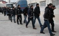 16 İldeki FETÖ Operasyonunda Gözaltına Alınan 33 Polis Adliyeye Sevk Edildi