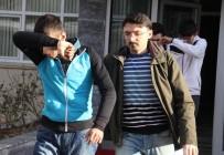 MIMARSINAN - Ayakkabı Hırsızlığı Zanlıları Yakalandı