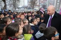 ALI CANDAN - Başkan Çolakbayrakdar, Kocasinanlı Öğrencilerle Bir Arada