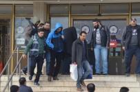 PROFESÖR - Denizli'de FETÖ'den Gözaltına Alınan 19 Kişi Adliyeye Sevk Edildi
