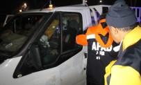 Elazığ'da Kamyonette Sıkışan Sürücü Kurtarıldı