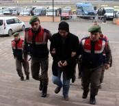 1 EYLÜL - FETÖ'den Meslekten İhraç Edilen İki Öğretmen Sınırda Yakalandı